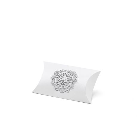 Krabička na darčeky pre hostí s vyrezávanou rozetkou - biela farba